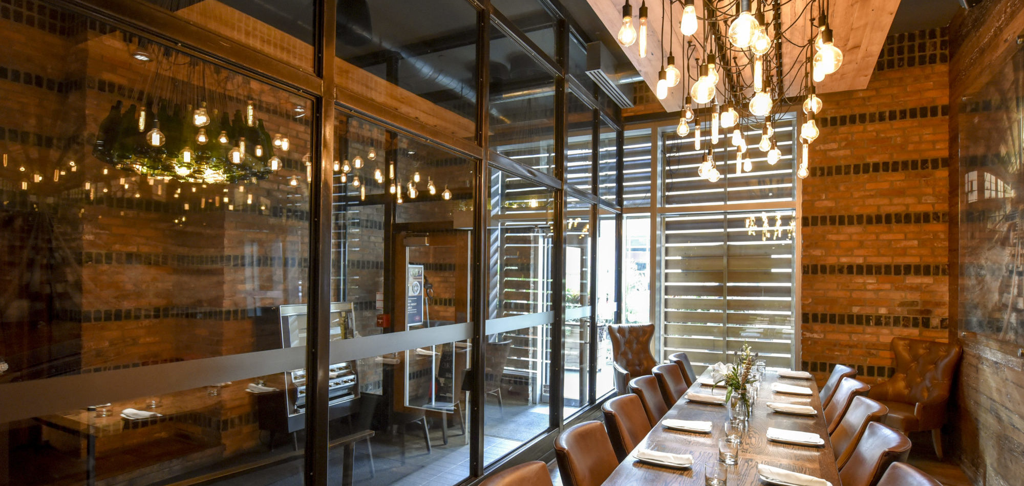 reds tavern Offering the perfect blend of modern flair and timeless sophistication, reds on adelaide features passionate service, chef-inspired menus and an authentic wine list.